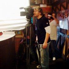 Roberto Galano al lavoro sul set