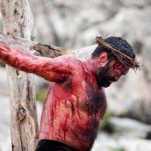 Su Re: Fiorenzo Matu è Gesù Cristo in una suggestiva immagine tratta dal film