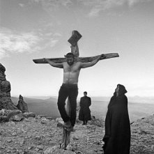 Su Re: un'immagine del film diretto da Giovanni Columbu