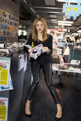 20 ans d'écart: Virginie Efira in una sequenza del film francese
