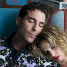 Gli amanti passeggeri: Miguel Ángel Silvestre in una scena del film