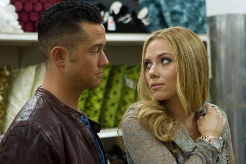 Don Jon: Scarlett Johansson e Joseph Gordon-Levitt al supermercato