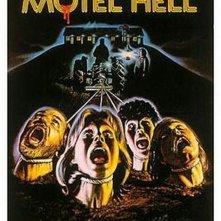 Motel Hell: la locandina del film
