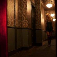 Le streghe di Salem: Sheri Moon Zombie nè Heidi in una scena del film