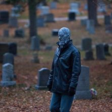 Le streghe di Salem: un'inquietante scena cimiteriale tratta dal film