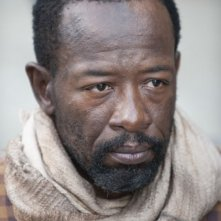 The Walking Dead: un primo piano di Lennie James nell'episodio Ripulire