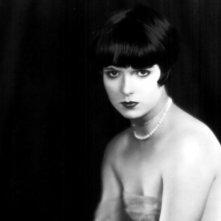 un ritratto della diva Louise Brooks