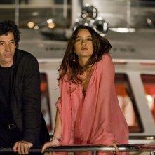 E' successo a Saint-Tropez: Eric Elmosnino e Clara Ponsot in una scena del film