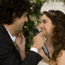 E' successo a Saint-Tropez: Max Boublib e Clara Ponsot in una scena del film