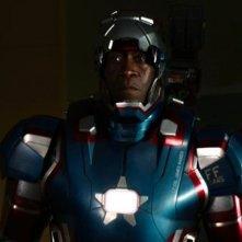 Iron Man 3: Don Cheadle nell'armatura di War Machine