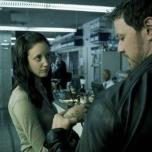 James McAvoy con Andrea Riseborough nel film Welcome to the Punch