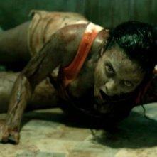 La casa: Jessica Lucas indemoniata in una scena del film