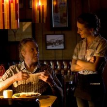 Stand Up Guys: Christopher Walken con Addison Timlin in una scena