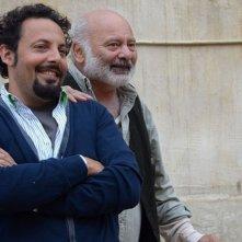 Ci vediamo domani: Enrico Brignano e Burt Young sorridono sul set del film