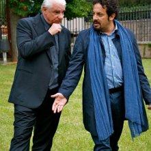 Ci vediamo domani: Ricky Tognazzi in una scena del film con Enrico Brignano