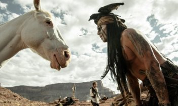 The Lone Ranger: Johnny Depp a confronto con Silver