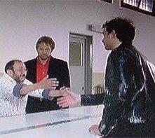 Orfeo Orlando, Giulio Scarpati, Matteo Orlando, in una scena di Cugino e Cugino