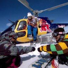 The Art of Flight: un'immagine tratta dal documentario sulle imprese dello snowboarder Travis Rice e dei suoi amici