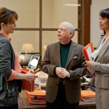 Tina Fey nel film Admission con Wallace Shawn e Gloria Reuben