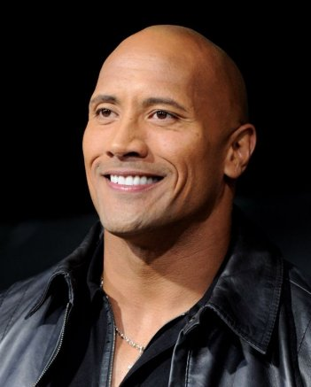 Snitch - L'infiltrato: il sorriso di Dwayne 'The Rock' Johnson in una foto promozionale