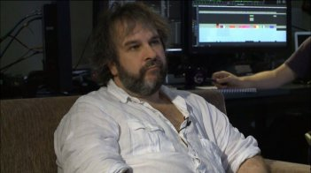 Lo Hobbit: Peter Jackson durante la sneak-peek preview virtuale per La desolazione di Smaug.