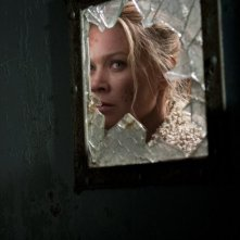 The Walking Dead: Laurie Holden in una tesa scena dell'episodio Vendetta