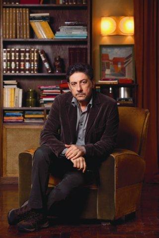 In Treatment: Sergio Castellitto in una foto promozionale del cast della serie