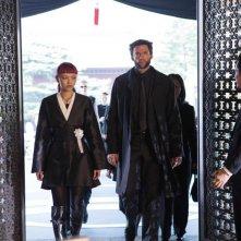 Wolverine: l'immortale, Rila  Fukushima e Hugh Jackman in una scena
