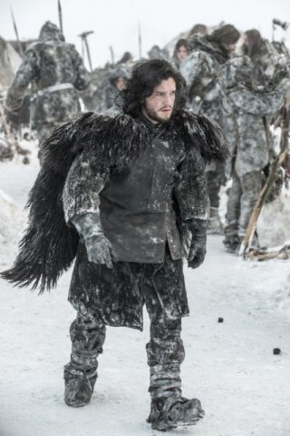 Game of Thrones: Kit Harington in una scena dell'episodio Valar Dohaeris
