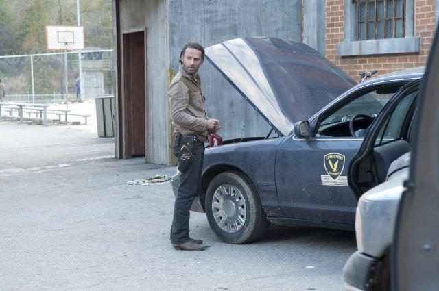 The Walking Dead Andrew Lincoln E Rick Grimes Ell Episodio Nelle Tombe 270359