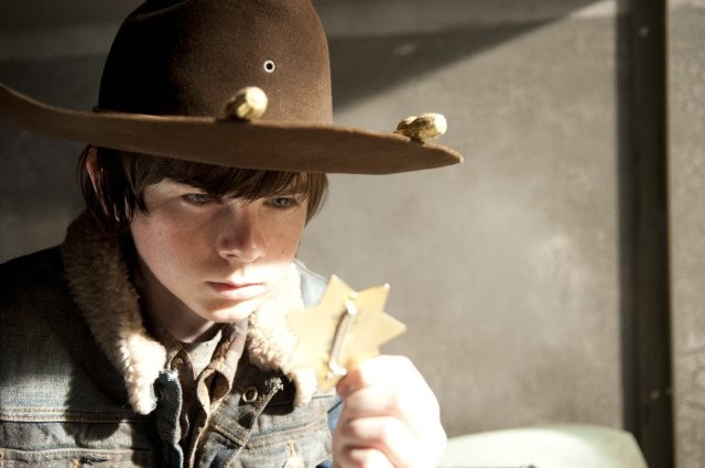The Walking Dead Chandler Riggs E Carl Grimes Nell Episodio Nelle Tombe 270357