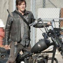 The Walking Dead: Norman Reedus è Daryl Dixon nell'episodio Nelle tombe