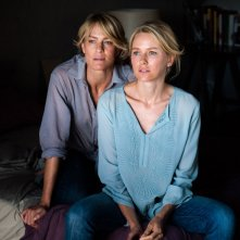 Naomi Watts e Robin Wright in Perfect Mothers, in cui interpretano due amiche.