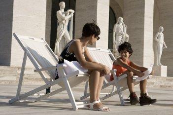 Nina: Diane Fleri in una scena con il piccolo Luigi Catani
