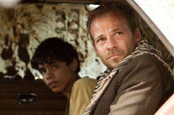 Zaytoun: Stephen Dorff e Abdallah El Akal in una scena del film