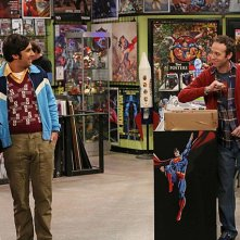 The Big Bang Theory: Kunal Nayyar e Kevin Sussman nell'episodio The Tangible Affection Proof