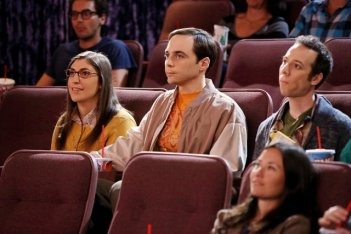 The Big Bang Theory: Mayim Bialik, Jim Parsons e Kevin Sussman nell'episodio The Decoupling Fluctuation