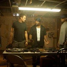 Fire with Fire: Josh Duhamel in una scena del film con 50 Cent e Quinton 'Rampage' Jackson