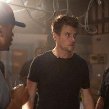 Fire with Fire: Josh Duhamel in una scena del film con Quinton 'Rampage' Jackson