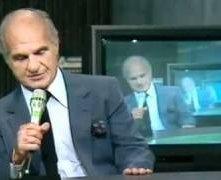 La Domenica Sportiva: Sandro Ciotti durante una puntata del 1989