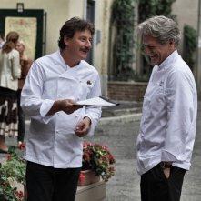 Benvenuti a tavola 2: Fabrizio Bentivoglio e Giorgio Tirabassi in una scena