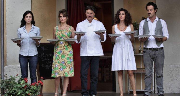 Cast e personaggi di benvenuti a tavola 2012 serie tv - Benvenuti a tavola cast ...