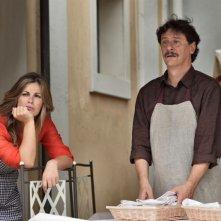 Benvenuti a tavola 2: Vanessa Incontrada e Giorgio Tirabassi in una scena