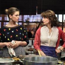 Benvenuti a tavola 2: Vanessa Incontrada e Lorenza Indovina in una scena