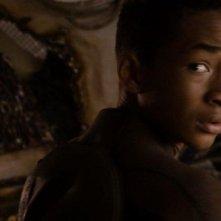 Jaden Smith nei panni del giovane Kitai Raige in una scena di After Earth