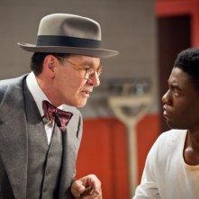 Chadwick Boseman con Harrison Ford in 42: una scena del film