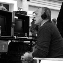 La mossa del pinguino: il regista del film Claudio Amendola con la sua macchina da presa