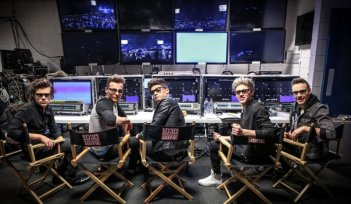This is Us: Liam Payne, Harry Styles, Zayn Malik, Niall Horan, Louis Tomlinson in una scena