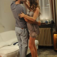 La finestra di Alice: Clizia Fornasier balla sensualmente con Sergio Muñiz in una scena