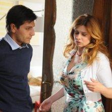 La finestra di Alice: Fabrizio Bucci in una scena con Debora Caprioglio